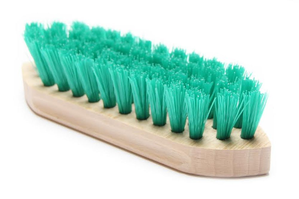 Brush for hoofs 18cm 024